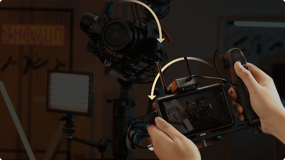 SyncMotion: For the first time in the industry, a visualized remote motion control system is introduced - ViaTouch 2.0. Filmmakers will be able to motion control the gimbal while monitor shots via smartphones or monitors.
